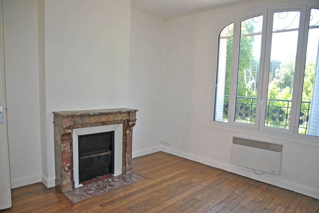 agence immobiliere claire waida vous apporte son savoir faire pour appartement louer reims. Black Bedroom Furniture Sets. Home Design Ideas